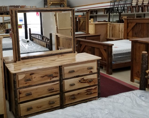 Hickory 6 Drawer Dresser (Mirror Sold Seperate)